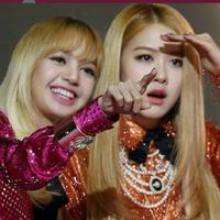 Rose dan Lisa BLACKPINK (Foto: Koreaboo)