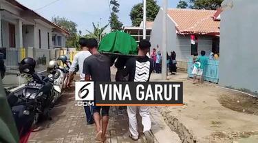 Asep Kusmawan alias Raya salah seorang pemeran pria dia video Vina Garut meninggal dunia, Jenazah Raya sudah ada di rumah duka untuk disemayamkan sebelum dikebumikan di tempat pemakaman umum.