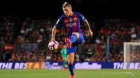 Bek Barcelona asal Prancis, Lucas Digne. (AFP/Josep Lago)