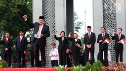 Gubernur BI Perry Warjiyo memberikan sambutan pada peluncuran standar QR Code di kantor BI, Jakarta, Sabtu (17/8/2019). QR Code untuk pembayaran aplikasi uang elektronik QRIS sangat membantu percepatan pengembangan ekonomi dan keuangan digital di Indonesia. (Liputan6.com/HO/Rizal)