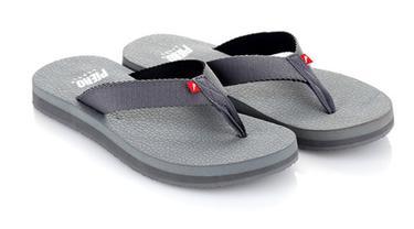 Ini deretan sandal favorit anak laki-laki generasi 90-an yang sudah mulai langka.
