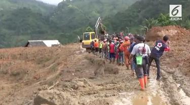 BPBD masih melanjutkan pencarian 21 jenazah korban bencana longsor di Sukabumi, Jawa Barat.