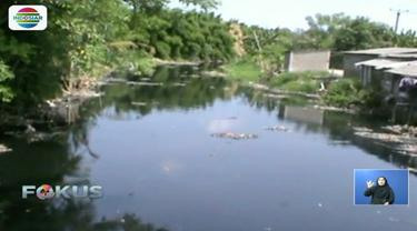 Sepekan lebih dibersihkan, sampah di Kali Pisang Batu, Bekasi, mulai hilang. Bahkan Pemkab Bekasi memastikan hari ini menjadi hari terakhir pengerukan sampah.