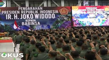 Presiden Jokowi sekaligus menanyakan apakah para anggota Babinsa sudah menerima kenaikan tunjangan kinerja sekitar 700 persen.