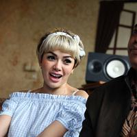 Artis yang kerap tampil seksi Nikita Mirzani menutup pintu damai dengan Sam Aliano. Seperti diketahui beberapa waktu lalu, Ketua Asosiasi Pengusaha Indonesia Muda itu melaporkan ke KPI untuk mencekal janda dua anak tersebut. (Nurwahyunan/Bintang.com)