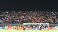 Suporter Borneo FC, Pusamania. (Bola.com/Nandang Permana)