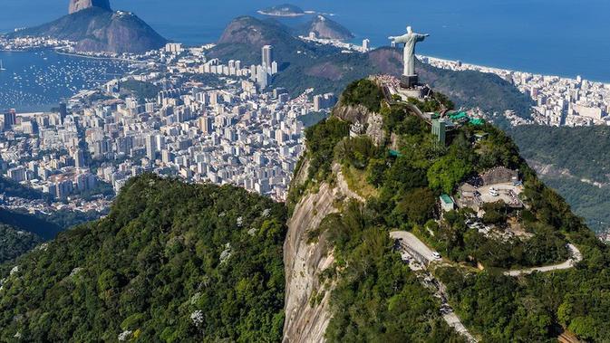 Christ the Redeemer, Rio de Janeiro, Brasil. (touropia.com)#source%3Dgooglier%2Ecom#https%3A%2F%2Fgooglier%2Ecom%2Fpage%2F%2F10000