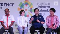 Ketua INASGOC Erick Thohir (kedua kanan) bersama Direktur Progamming SCM (kedua kiri) dan COO Emtek Sutanto Hartono saat konferensi pers Asian Games 2018 di SCTV Tower, Jakarta, Kamis (8/2). (Liputan6.com/Helmi Fithriansyah)