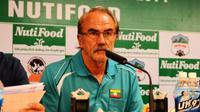 Di bawah komando Gerd Zeise, Myanmar bisa jadi tim kuda hitam di Piala AFF 2016. (Bola.com/AFF)