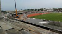 Stadion Bumi Wali di Tuban sedang tahap pembangunan. Stadion ini berkapasitas 30 ribu penonton dan terletak di Komplek Tuban Sport Center. (Bola.com/Gatot Susetyo)
