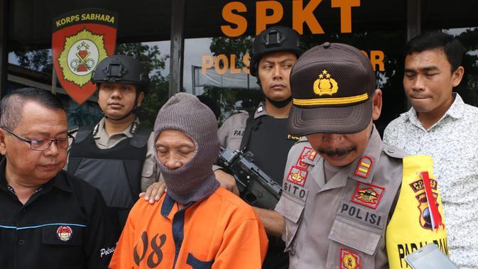 NG, tersangka pencurian jenitri di Kebumen. (Foto: Liputan6.com/Polres Kebumen/Muhamad Ridlo)