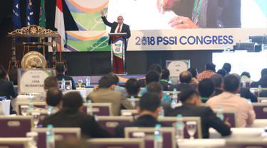 Ketua Umum PSSI Edy Rahmayadi memberikan sambutan saat membuka kongres PSSI 2018 di ICE, BSD, Tangerang Selatan, Sabtu (13/1). Kongres tahunan kali ini memiliki dua agenda utama. (Liputan6.com/Angga Yuniar)