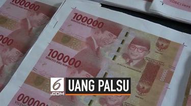 Polisi meringkus tiga orang yang menjadi pembuat dan pengedar uang palsu di wilayah Mataram. Dari para tersangka, polisi menyita lebih dari 90 juta rupiah uang palsu.