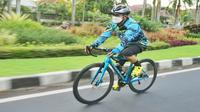 Wali Kota Malang, Sutiaji saat bersepeda di kawasan Ijen Boulevard (Sumber : IG @sam.sutiaji)