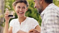 Wanita lajang yang tengah mencari jodoh biasanya memiliki kriteria pria idaman. Bagaimana cara mendapatkan mereka?