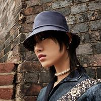 Dior rilis koleksi bucket hat yang elegan. Lihat koleksinya berikut ini. (Foto: Dior. Dok)