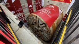Foto yang diabadikan pada 15 Desember 2020 ini menunjukkan penembusan terowongan No. 1 dari proyek Kereta Cepat Jakarta-Bandung (KCJB) di Jakarta. Terowongan sepanjang 1.885 meter itu ditembus menggunakan mesin pengebor terowongan berdiameter 13,23 meter. (Xinhua/Du Yu)
