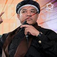 Mantan penyanyi Rock yang kemudian memilih aktif sebagai Dai, Hari Moekti, meninggal dunia kemarin malam sekitar pukul 20.49 WIB.