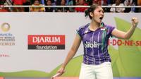 Tunggal putri Indonesia Linda Wenifanetri meluapkan kegembiraan usai menyingkirkan Li Michelle di BCA Indonesia Open Superseries 2015 (Humas PP PBSI)