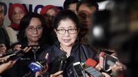 Menteri Kesehatan RI Nila Moeloek meminta seluruh dinas kesehatan yang ada di Indonesia untuk memeriksa kesehatan petugas KPPS yang bertugas pada Pemilu 2019 lalu. (Foto: Liputan6.com/Benedikta Desideria)