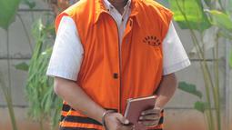 Tersangka kasus dugaan korupsi proyek pengadaan KTP elektronik, Markus Nari tiba untuk menjalani pemeriksaan di Gedung KPK, Jakarta, Kamis (25/7/2019). Markus Nari diperiksa sebagai tersangka terkait kasus dugaan korupsi proyek pengadaan KTP elektronik. (merdeka.com/Dwi Narwoko)