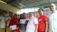 Aswari Rivai dan Indra Uno meresmikan OK OCE Kito (Liputan6.com / Nefri Inge)
