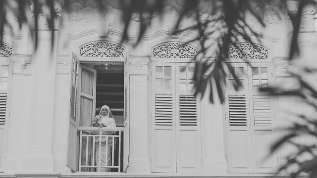 Calon Suami Batalkan Pernikahan, Wanita Ini Jalani Pemotretan Prewedding Sendirian