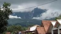 Fenomena Air Terjun Gunung Galunggung (Sumber:Arie Nugraha/Liputan6.com)