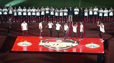 Berita video launching tim Persija Jakarta untuk mengarungi musim 2020 di SUGBK (Stadion Utama Gelora Bung Karno), Senayan, Minggu (23/2/2020).