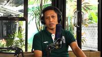 Legenda PSS Sleman, M. Eksan dalam podcast PSS belum lama ini. (Istimewa/ YouTube PSS)