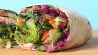Usaha kuliner Hijoo,  salad dengan rasa lokal besutan  Iman Hakiki dan 4 rekannya.