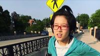 Zheng Churan, perempuan yang terus berlari demi selamatkan suami. (dok. Twitter/@allisongrabbit)