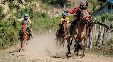 Menparekraf Dukung Pacuan Kuda di Bima Jadi Event Skala Nasional