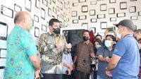 Wali Kota Medan, Bobby Nasution sidak ke Kelurahan Sidorame Timur Kecamatan Medan Perjuangan.