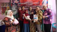 Penyaluran Program Sembako di Gresik langsung dihadiri oleh Dirjen Penanganan Fakir Miskin Andi ZA Dulung, Kadinsos Provinsi Jawa Timur, Kandinsos Kabupaten Gresik dan perwakilan dari Himbara (BNI).
