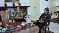 Presiden Joko Widodo atau Jokowi (kanan) bertemu dengan Ketua Kogasma Partai Demokrat Agus Harimurti Yudhoyono(AHY) di Istana Kepresidenan Bogor, Jawa Barat, Rabu (22/5/2019). Ini merupakan pertemuan kedua antara Jokowi dengan AHY dalam kurun waktu sebulan ini. (Liputan6.com/HO/Setkab/Oji)
