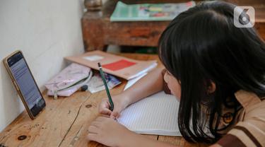 FOTO: Perbaikan Sistem Pembelajaran Jarak Jauh