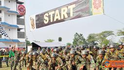 Citizen6, Cilandak: Lomba Halang Rintang (LHR) digelar di lapangan HR Brigif-2 Marinir, Bhumi Marinir Cilandak Jakarta Selatan, Minggu (2/10). (Pengirim: Budi Abdillah)