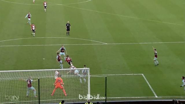Burnley gagal mempertahankan kemenangan dan harus puas hanya mampu bermain imbang 1-1 atas Southampton dalam laga lanjutan pekan k...