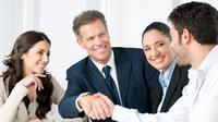 Karyawan juga membutuhkanmu sebagai atasan untuk menyemangati mereka agar kinerja mereka meningkat.