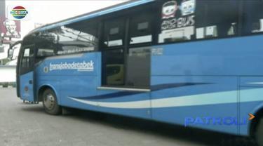 Kementerian Perhubungan turunkan tarif bus Transjabodetabek dari Bekasi ke Jakarta hingga 50 persen.