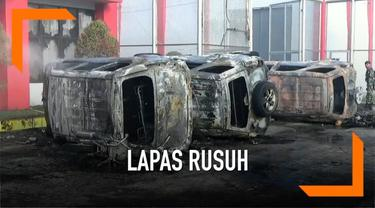 Lembaga Permasyarakatan Narkotika di Langkat Sumatera Utara rusuh hari Kamis (16/5). Bangunan lapas rusak serta beberapa kendaraan hangus terbakar. Sejumlah narapidana berhasil kabur.