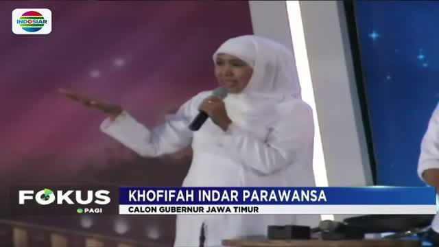 Dua kandidat pasangan Khofifah Indar Parawansa-Emil Elistiando Dardak dan pasangan Syaifullah Yusuf (Gus Ipul)-Puti Guntur Sukarno saling beradu gagasan terkait tema kesejahteraan rakyat.
