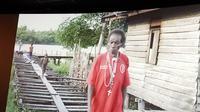 Mama Efa, nama Tese Tewes di Kampung Saa Er, Distrik Sawerma, Kabupaten Asmat, Papua, menjadi sosok utama dalam film dokumenter tentang perempuan Papua. (Liputan6.com/Dinny Mutiah)