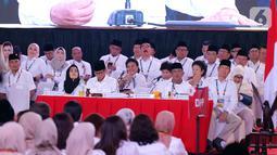 Sejumlah kader Partai Gerindra saat menghadiri Rapimnas dan Apel Kader Partai Gerindra di Hambalang, Kabupaten Bogor, Jawa Barat, Rabu (16/10/2019). Agenda kedua, pandangan umum daerah yang diwakili lima zona wilayah. (Liputan6.com/Herman Zakharia)