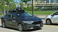 Mobil otonomos yang sedang diuji coba Uber di jalanan Pittsburgh (sumber: uber.com)