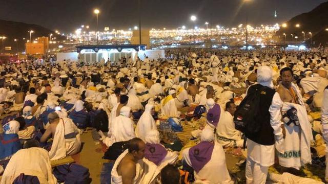 Kegiatan Yang Dilakukan Jemaah Haji Saat Wukuf Di Padang Arafah Haji Liputan6 Com