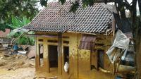 Desa Urug, Sukajaya, Bogor masih terisolasi pascabanjir bandang. (Achmad Sudarno/Liputan6.com)
