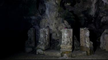 Sebuah goa kuno yang terletak di kawasan Karanganyar Surakarta menjadi sebuah tempat yang penuh diliputi suasana mistis.Goa alami yang berada di atas bukit itu terbentuk secara alami sekitar tahun 1635