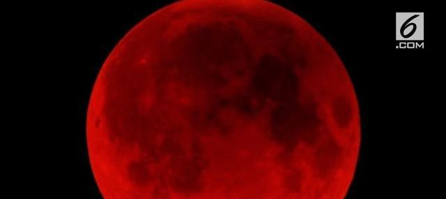 Gerhana bulan 'Micro Blood Moon' akan terjadi pada 28 Juli 2018. LAPAN memprediksi gerhana ini akan menjadi gerhana paling lama yang bisa disaksikan.